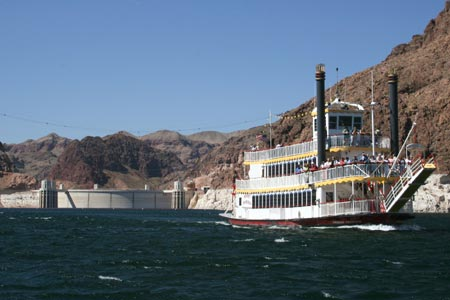 Lake Mead Cruises and Hoover Dam Tours
